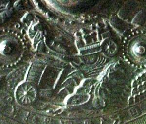 Detail of horse charriots during the Kofun period (5th-6th century). Bronze mirror. Eta-Funayama Tumulus. Kikusui-machi, Kumamoto. Tokyo National Museum. Photo: Wikimedia Commons