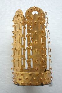 Reconstructed crown of remains from Kofun tumuli